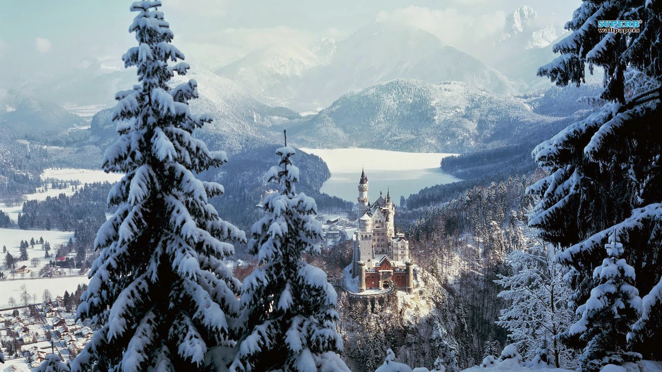Neuschwanstein Summer Winter