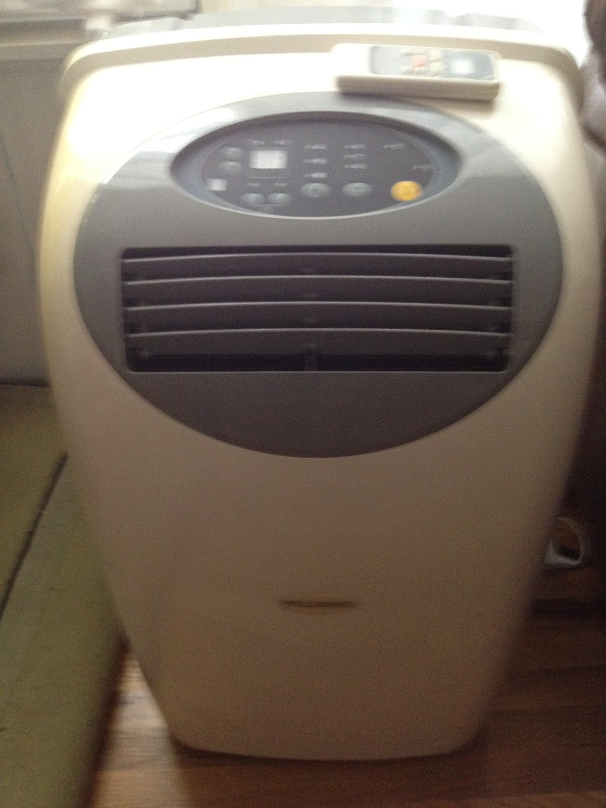 : Pelonis MPF 12CR Portable Stand Up Air Conditioner 12 000 BTU #5F4B36