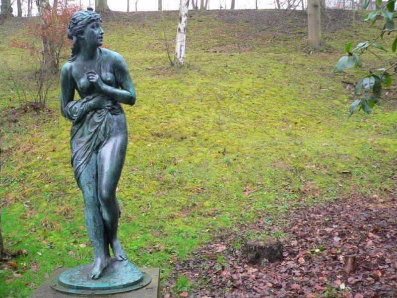 Statur Stein Frau