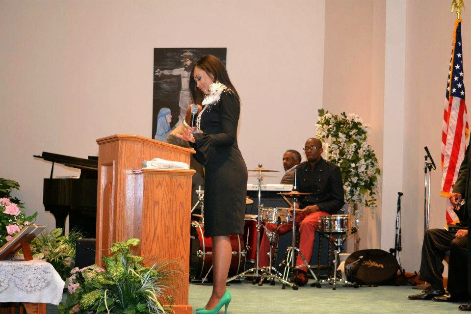 Prophetess Christina Glenn Weeks Bring The House Down With Her