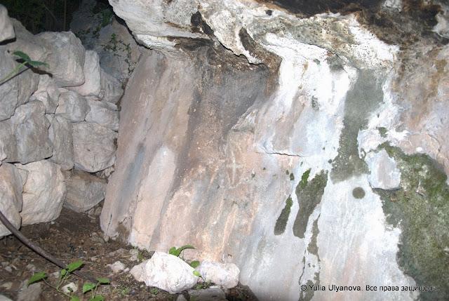 Дорога к наскальным рисункам Липцы Черногория