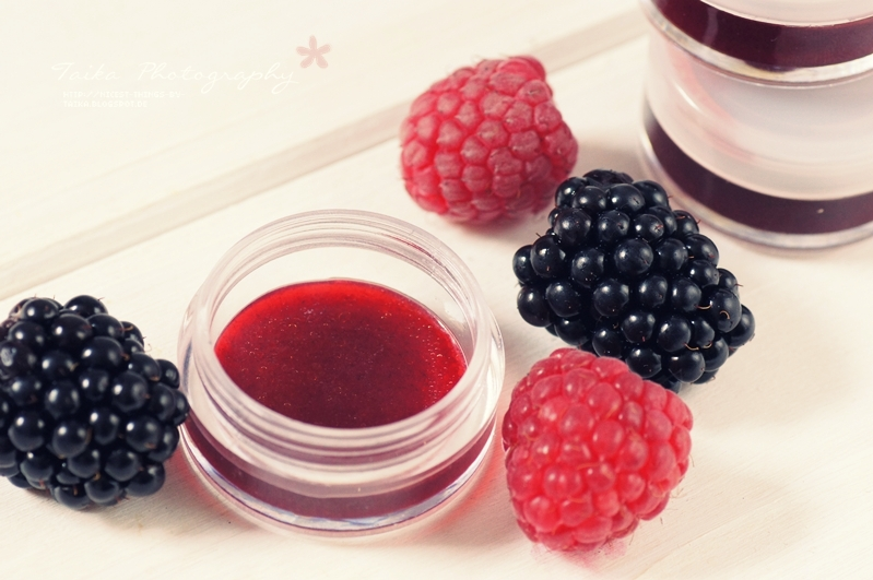 Lip Tint selber machen DIY Lip Stain mit Beeren