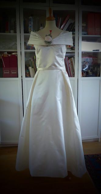 robe de mariée par couturière artisan à Versailles
