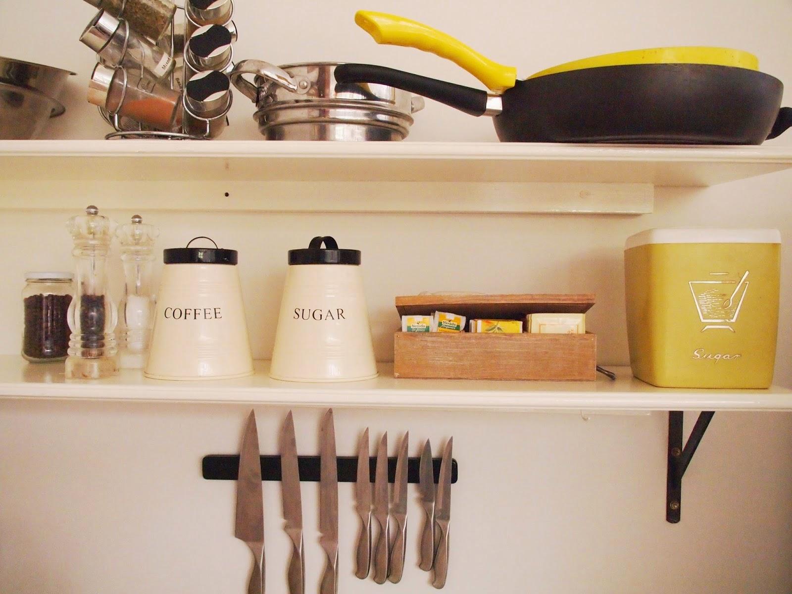 http://www.herthriftychallenge.blogspot.com.au/2014/04/white-kitchen-shelves.html