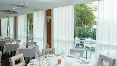 Các mẫu rèm cửa đẹp cho khách sạn, nhà hàng