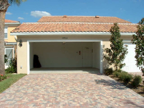 Maison moderne construction remplacement d 39 un porte de - Porte de garage moderne ...
