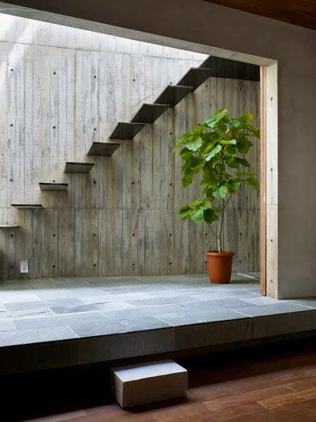 Ideas decoractual dise o y decoraci n for Decoracion debajo de escaleras con plantas