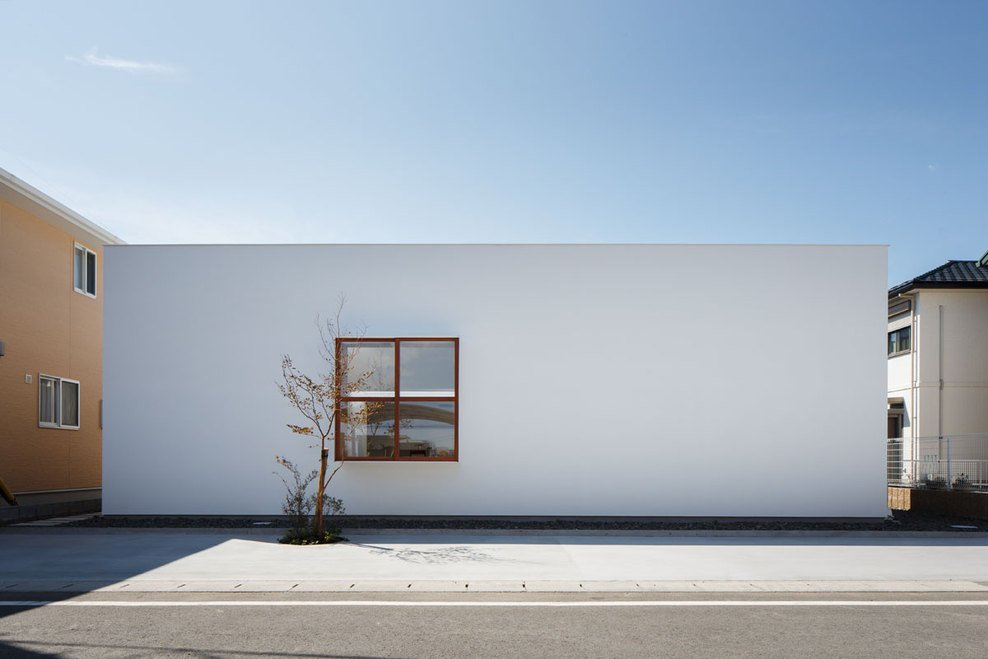 Simplicity love idokoro house japan ma style architects for Japanese minimalist architecture