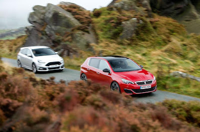 Compare Among Ford Focus ST VS Peugeot 308 GTi  front view
