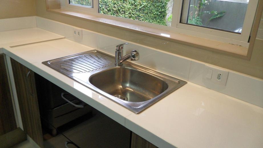 Diário da minha obra Porcelanato na bancada da cozinha -> Como Fazer Uma Pia De Banheiro Com Porcelanato