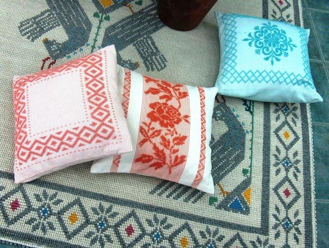Cojines en la sala ideas para decorar dise ar y mejorar for Diferentes tipos de alfombras