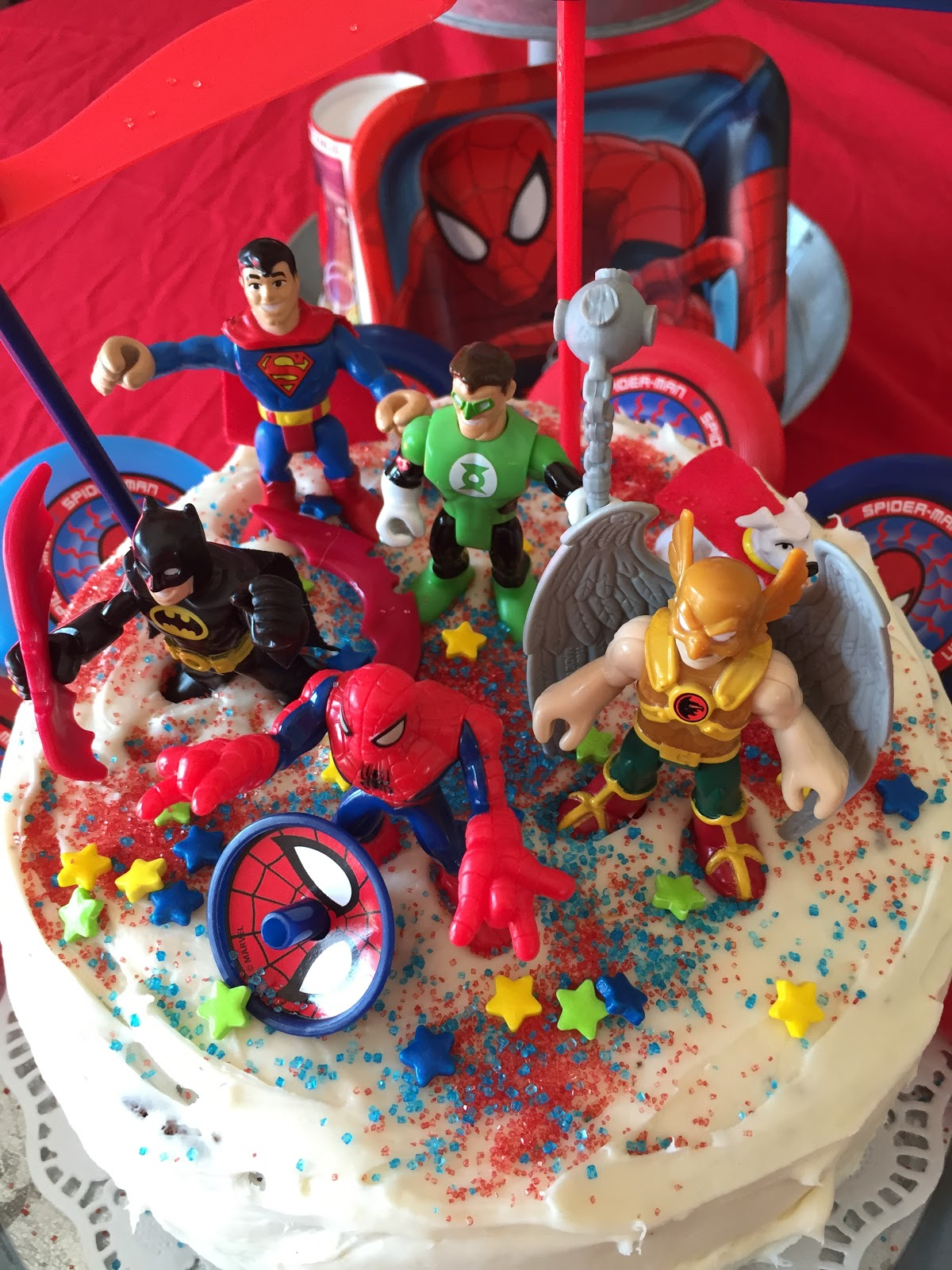 Super hero cake tutroial