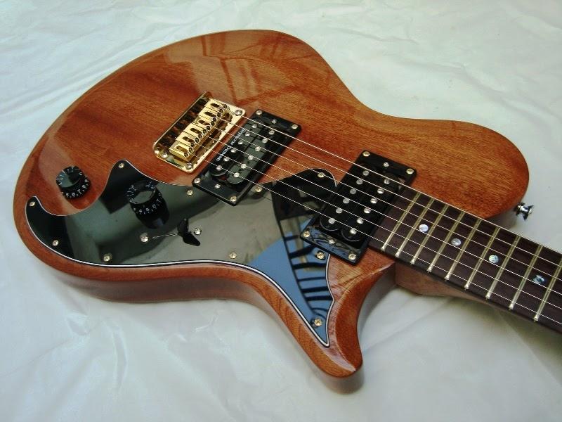 Pablo lojo luthier guitarra el ctrica lojo modelo rosa for Luthier guitarra electrica