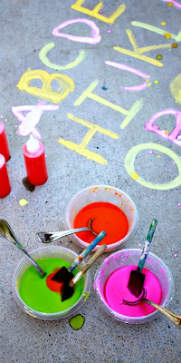 ABC Eruptions - An exciting prewriting exercise with erupting sidewalk chalk paint.  This is so cool - no vinegar needed!