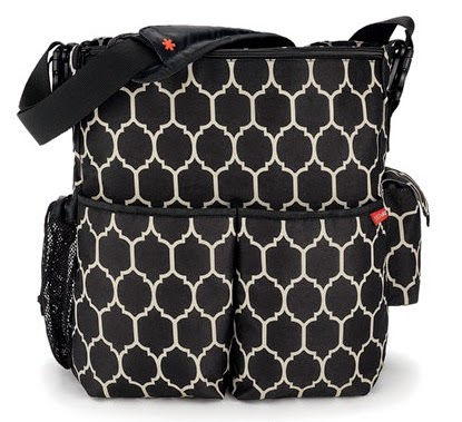 http://www.dearbaby.com.sg/shop/256-shop/279-baby-gear/311-diaper-bags/2801-skip-hop-duo-deluxe-diaper-bag-onyx-tile.html