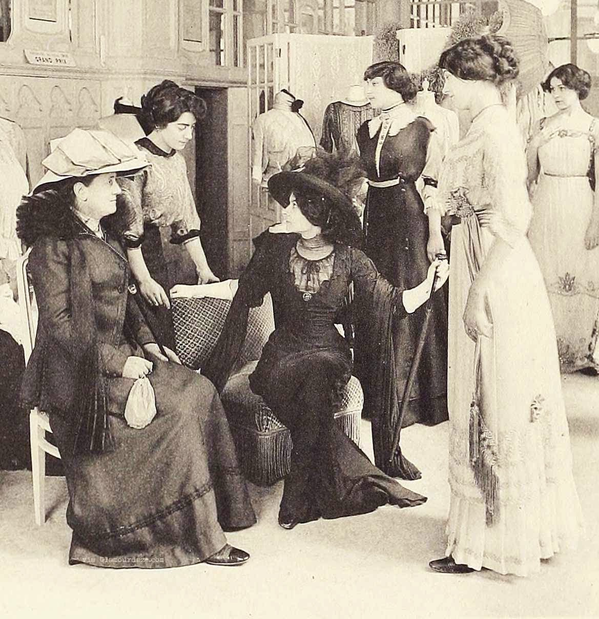 women and the first world war World war i: 1914-1918 tabs  during the first world war, more and more women took over from men in british industry many women worked in munitions, .