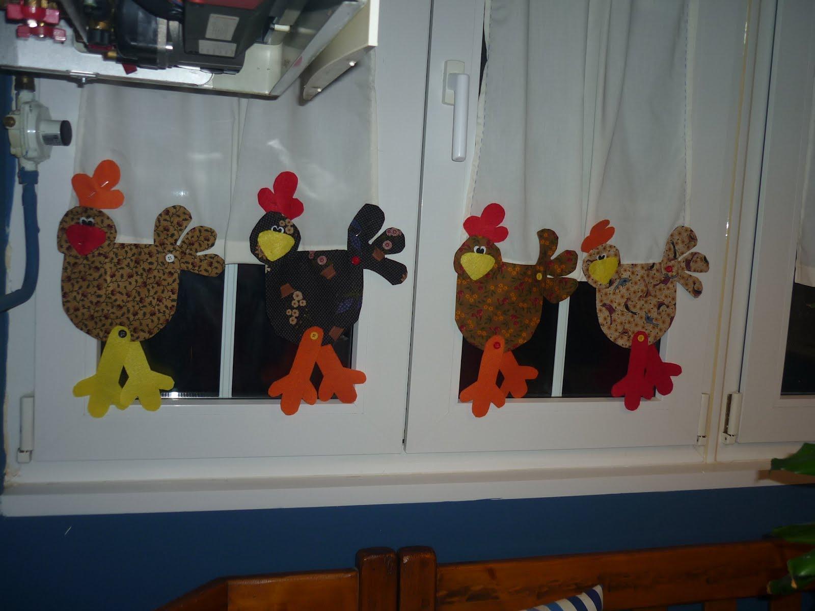 Los retales de mi abuela gallinas en la cocina for Cortinas de cocina originales