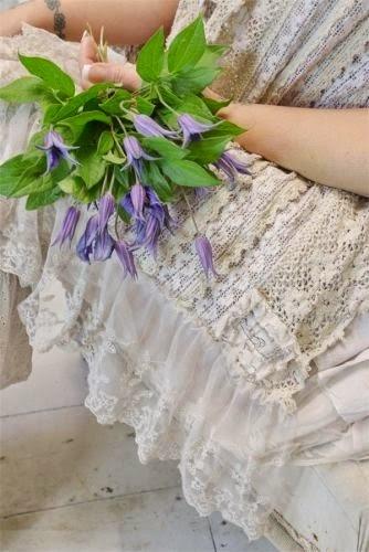 http://www.mijnwebwinkel.nl/winkel/verrassendgoed/c-2326876/kleding-en-accessoires/