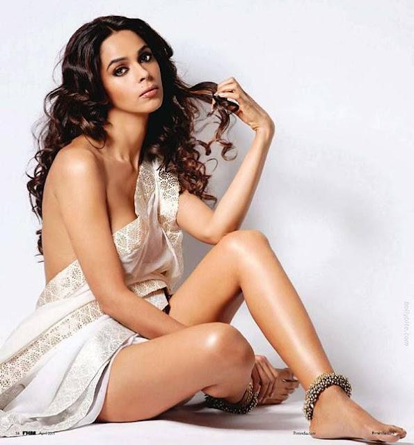 mallika-sherawat-topless-on-FHM-magazine