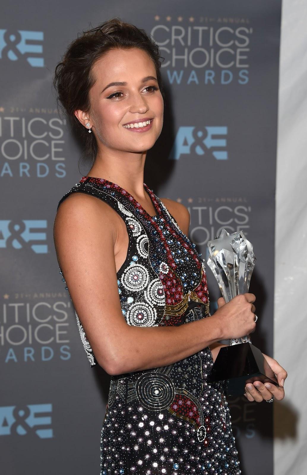 """The Danish Girl"" actress Alicia Vikander at 21st Annual Critics Choice Awards 2016 - HD Photos"