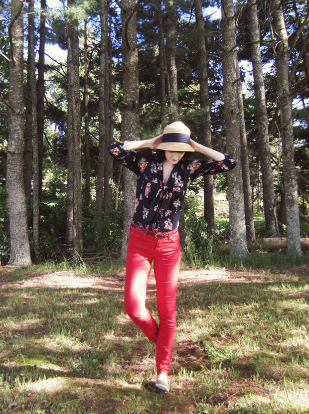Red Angry Rabbit Jeans with Cotton Bibico Blouse