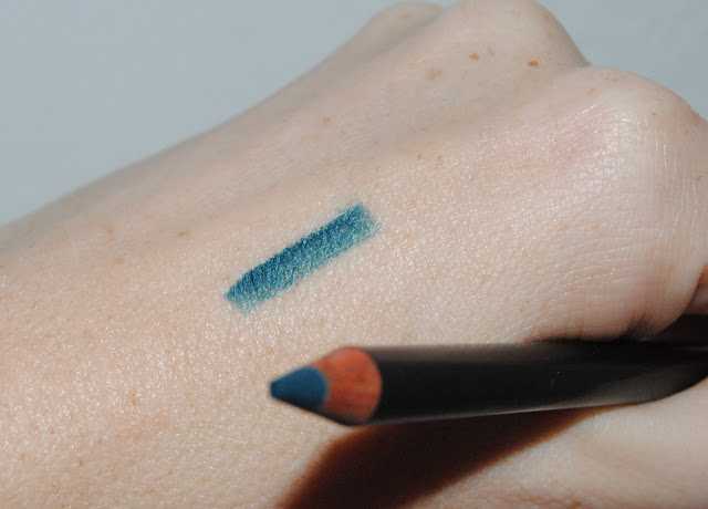 Tom Ford Eye Defining Pencil in Exotic Teal