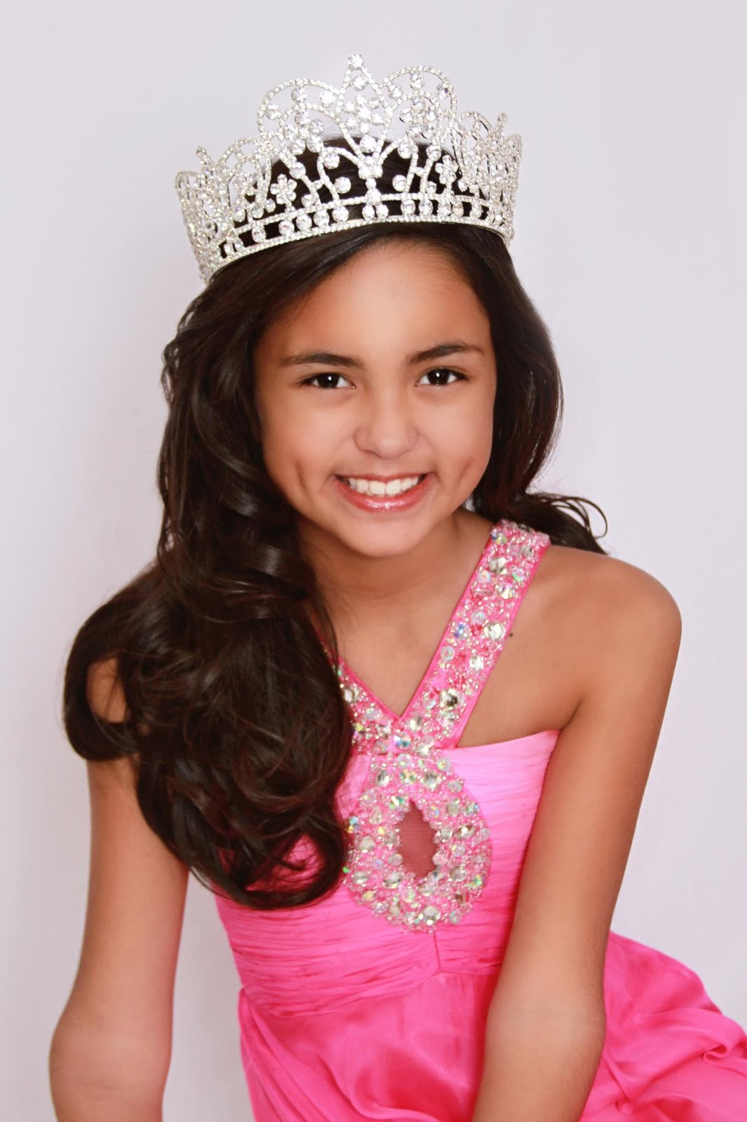 Meet the 2012-2013 National American Miss Jr PreTeen Selia Rendon