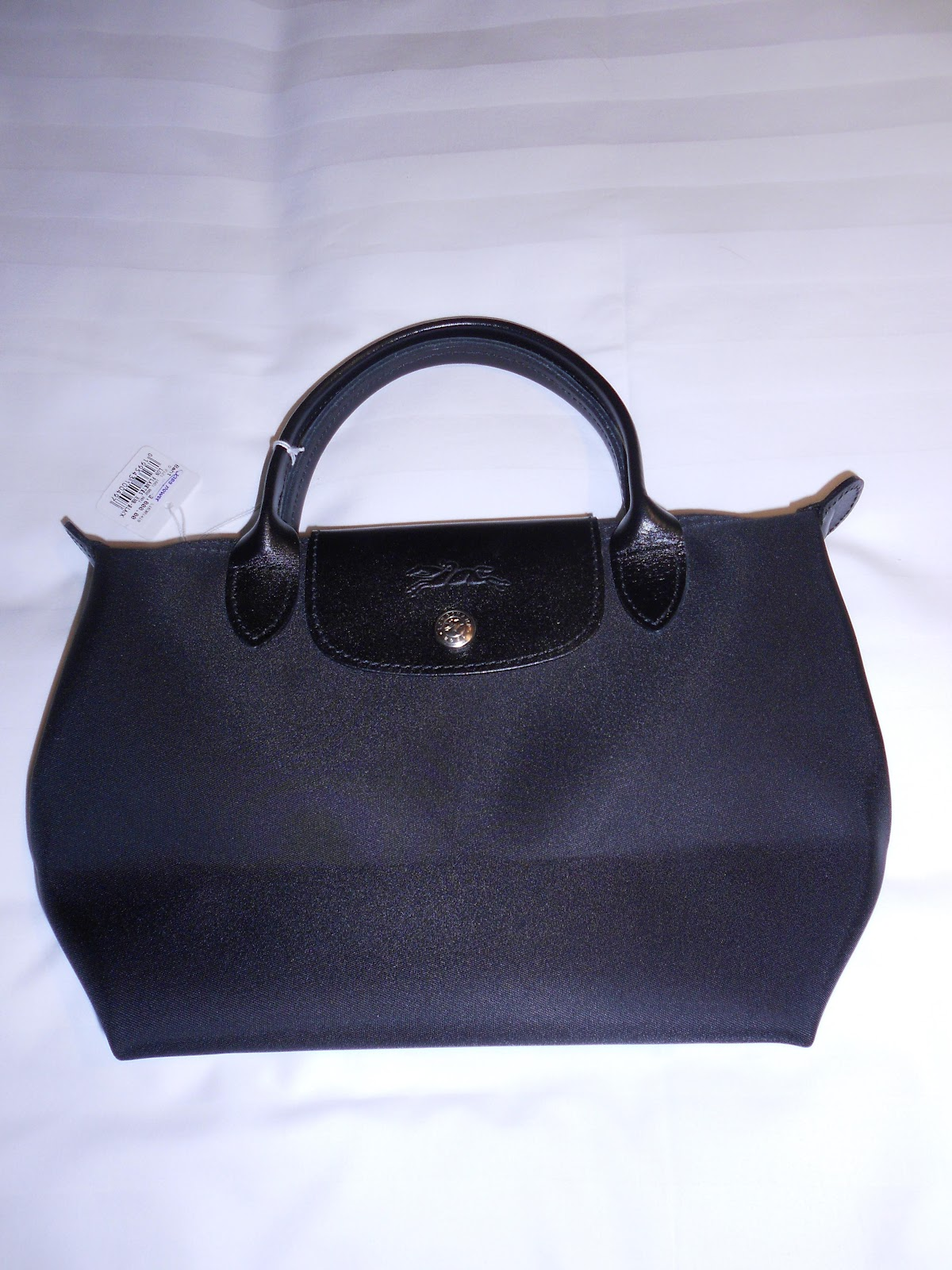 passion for handbags my new black longchamp le pliage bag. Black Bedroom Furniture Sets. Home Design Ideas