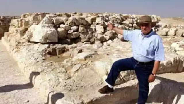 Tάφο ηλικίας 5.600 χρόνων ανακάλυψαν οι αρχαιολόγοι στην Aίγυπτο