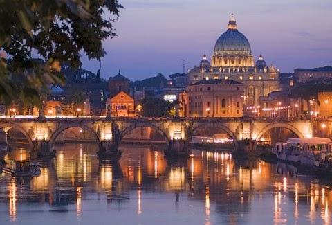 Οι όχθες του Τίβερη με θέα το Βατικανό