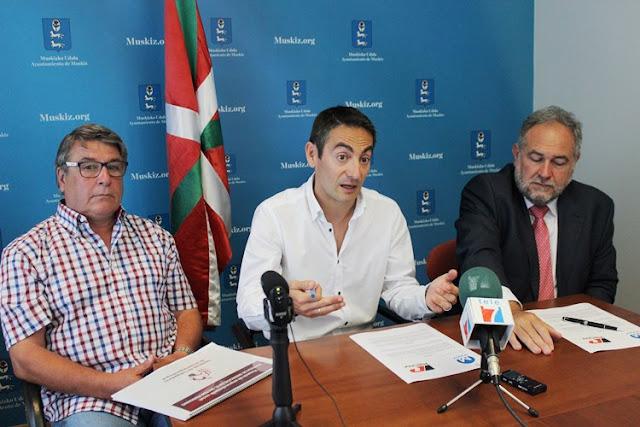 Petronor cede al Ayuntamiento de Muskiz terreno en Pobeña