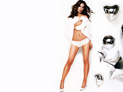 Kate Beckinsale hot photoshoot in white bikni and bra