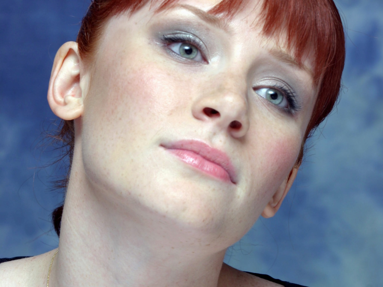 All New Photos And Videos Blog Bryce Dallas Howard Photos Bryce Dallas Howard Wallpapers