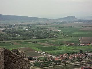 La nord de Cetatea Deva