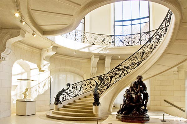 Luxury Curved Stairs Design
