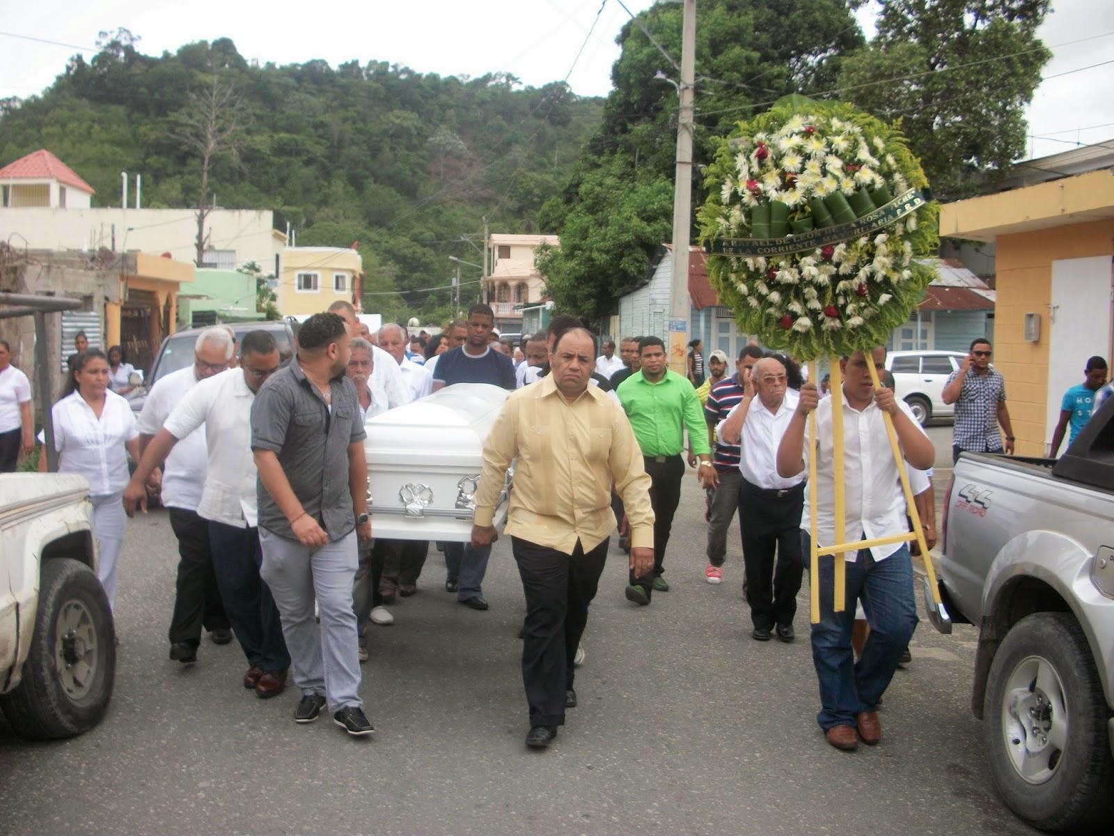 Fallecimiento de Fuche Flora enlutece a Cambita Garabitos y a los amigos, compañeros y relacionados
