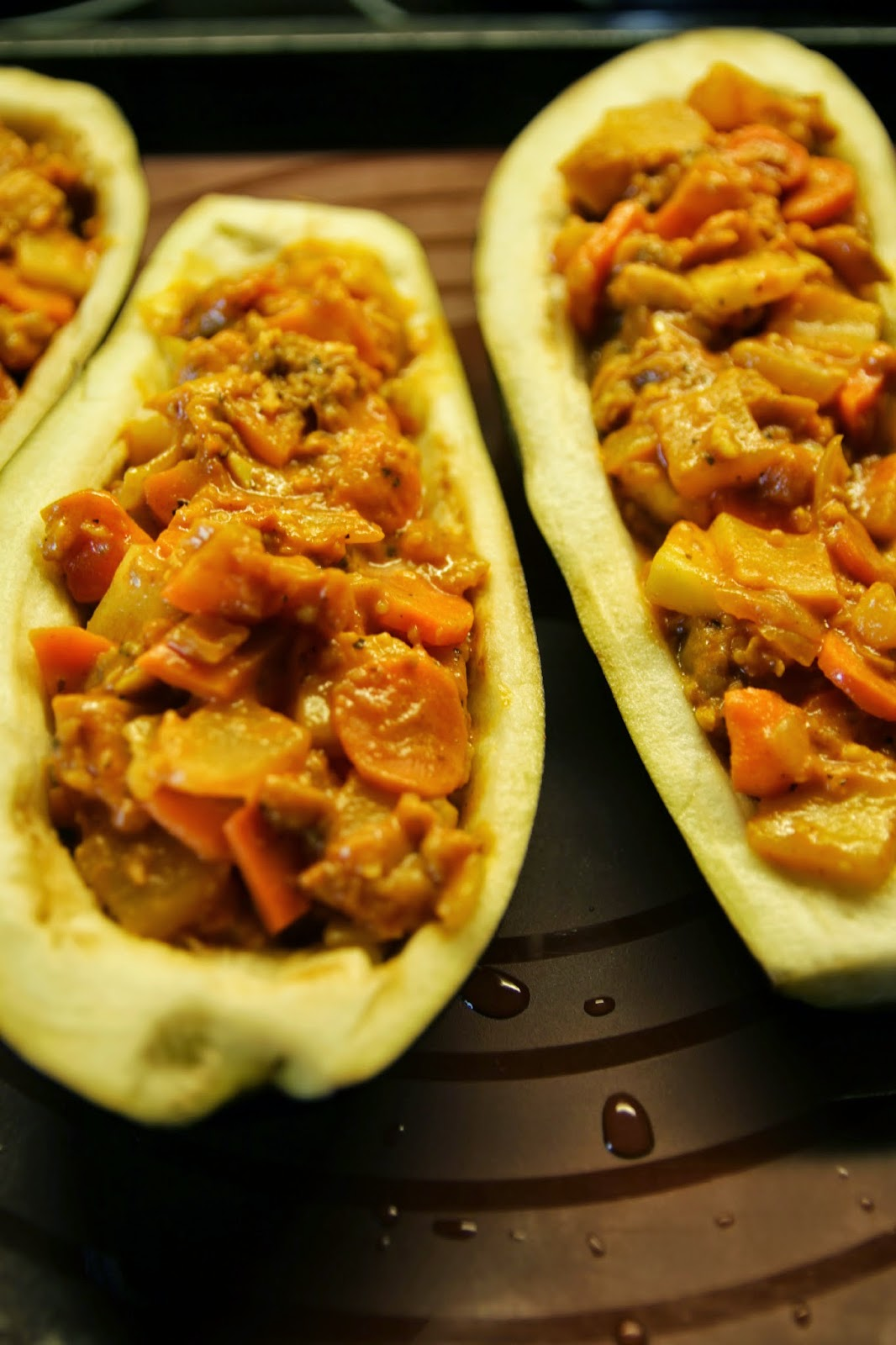 stuffed vegan eggplant with zucchini
