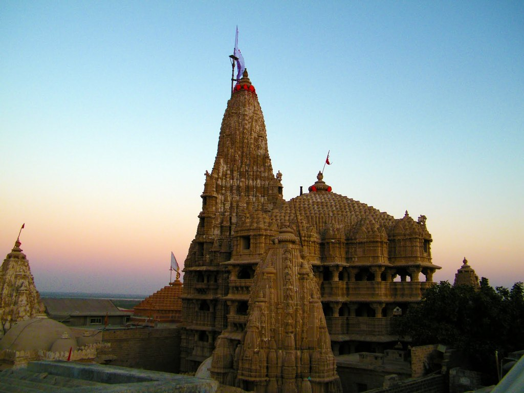 Dwarka India  city images : Dwarkadheesh temple, Dwarka, Gujarat ~ Popular Temples of India