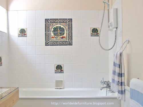 choose bathroom paint color and bathroom tile according to the taste