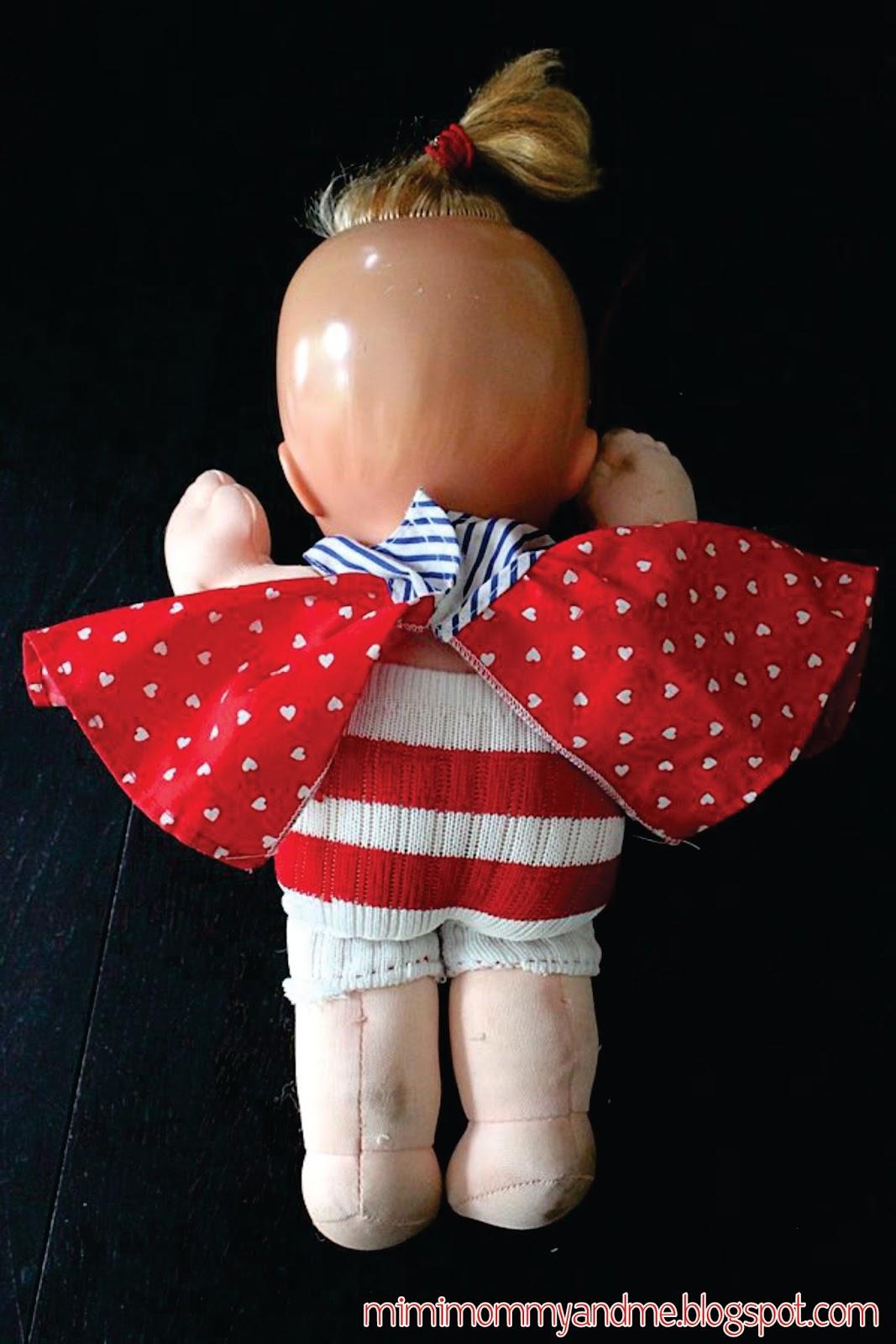 http://mimimommyandme.blogspot.com/2014/05/diy-doll-tube-sock-pants.html #tubesock #doll #pants