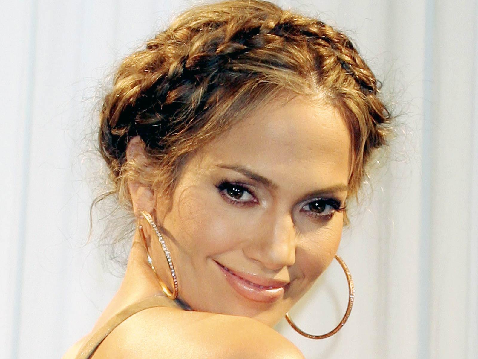 http://2.bp.blogspot.com/-L8IDXp09gjA/TbVN4c6gytI/AAAAAAAACiQ/15oLbA4kQG0/s1600/Jennifer%2BLopez%2B%2B10.jpg