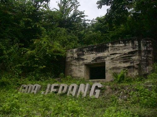 beautifuldescent: Wisata Seram Goa Jepang Lembang Bandung
