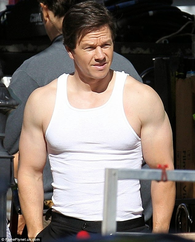 Mark Wahlberg turns heads as he flaunts bulging biceps 1