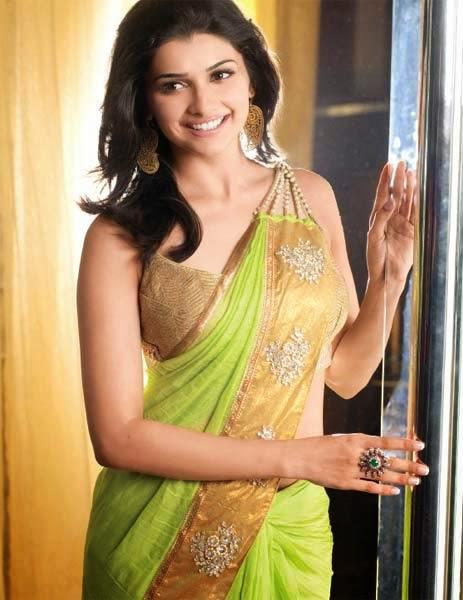 Prachi Desai :Prachi Desai Hot Pics