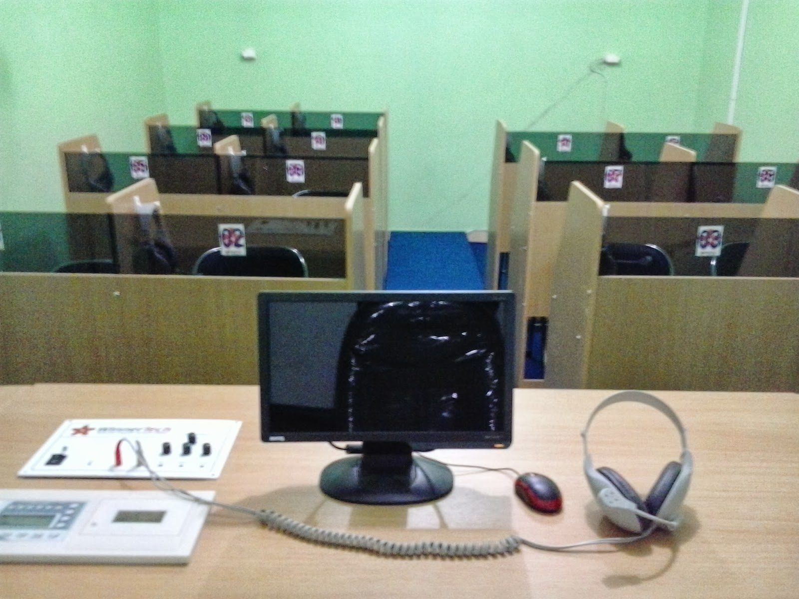 Lab Bahasa Unit Yatim Al-Karomah