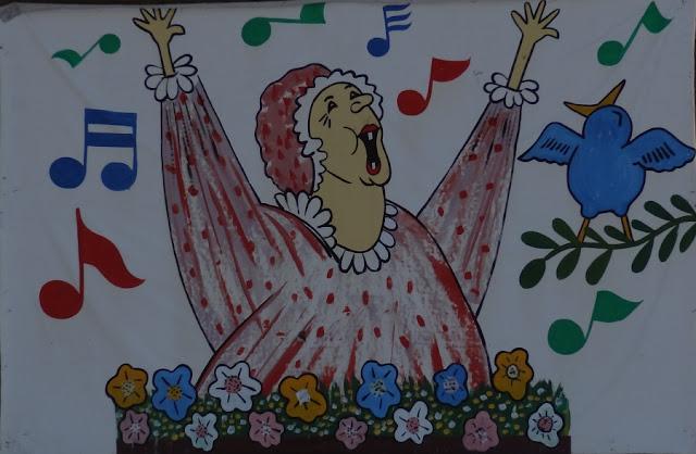 Spring_Lady,Pancoe_Pool,Bangor,sign,spring,life_imitates_art,union_street
