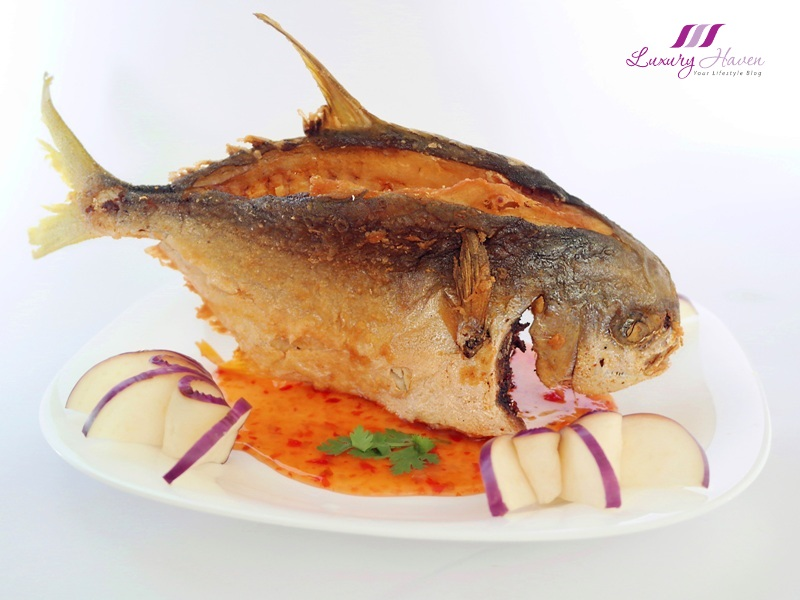 asian cuisine thai style deep fried golden pomfret