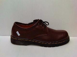 sepatu dr.martens,online sepatu dr.martens,toko sepatu dr.martens,supplier sepatu dr.martens