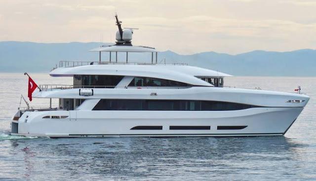Catamarán Quaranta, Curvelle