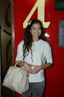 Gauhar Khan looks funny at Garm hava Special Screening at PVR Mumbai